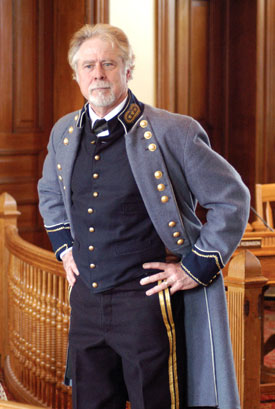 Mike Vouri as General Pickett
