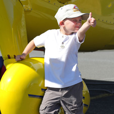 Fly-In Photo3