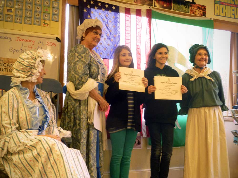 Daughters of american revolution essay contest 2010