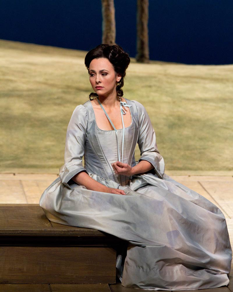Isabel Leonard as Dorabella in Cosi Fan Tutti - Click to enlarge -Marty-Sohl photo