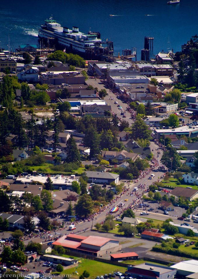 The 4th of July parade as viewed from the air - Click to enlarge - Chris Teren photo