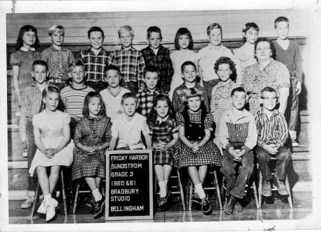 Winnie Sundstrom's 1960-1961 3rd grade class - SJI Historical Museum photo