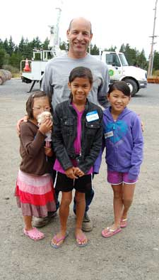 """Kevin """"Miracle Man"""" Zoerb with kids in 2012 - Contributed Photo"""