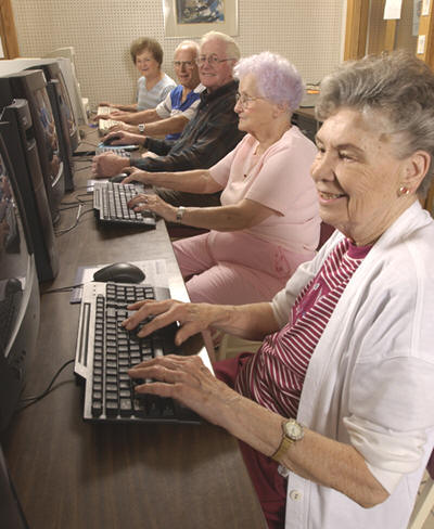 Seniors using computers - Contributed photo