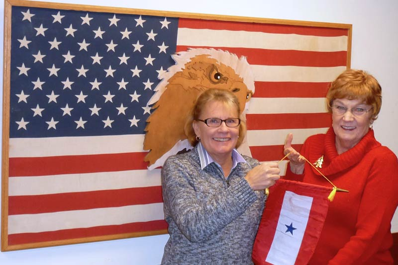 Minnie Knych awarded the Blue Star Banner to Mel Vynne - Contributed photo