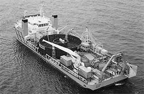 sub-cable-barge