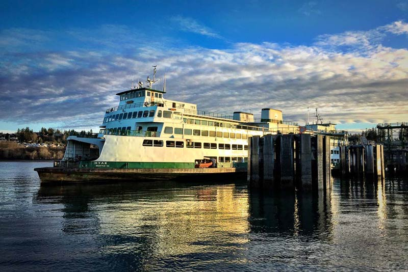 Washington State Ferry M/V Hyak loads up with travelers in Anacortes - Tim Dustrude photo