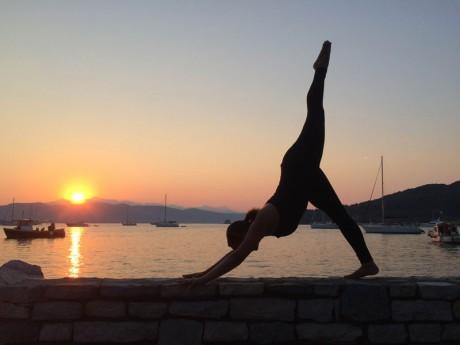 Miguele-de-Quadros-yoga