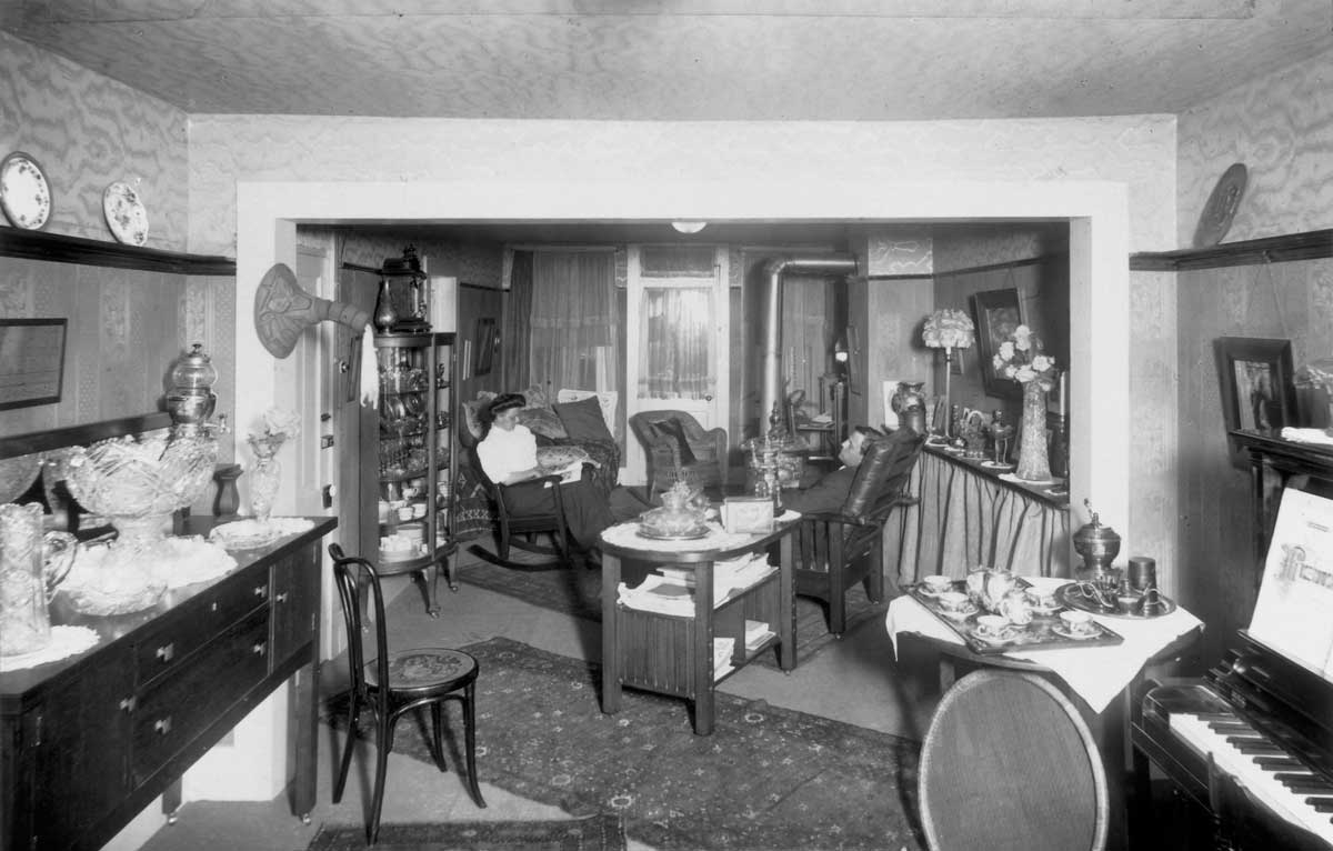 The Sunset Suite at Roche Harbor's Hotel de Haro, circa 1900 - SJ Museum photo