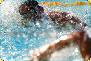 swimming-triathlon